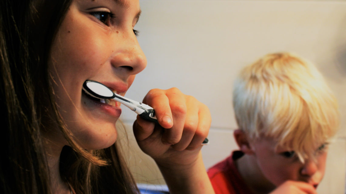 the proper way to brush your teeth, el dorado dental, santa fe dentist